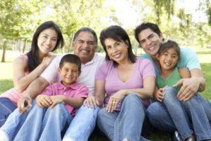 Thân nhân của người tham gia bảo hiểm là gồm những ai