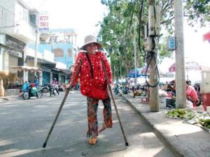 Chế độ bảo trợ xã hội đối với người khuyết tật và thực tiễn thực hiện
