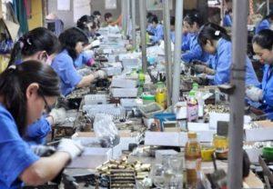 Phân tích và đánh giá các quy định của pháp luật về quyền chấm dứt hợp đồng lao động của người sử dụng lao động