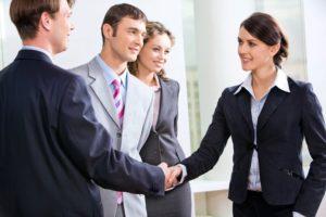 Hai người và 1 công ty hợp tác kinh doanh thì ký hợp đồng gì